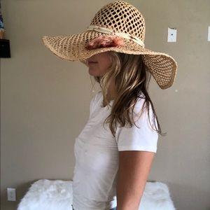 Juicy couture oversized fringe hat